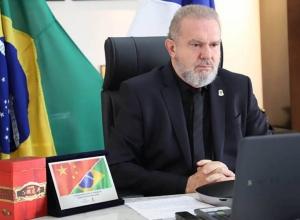 Governador Mauro Carlesse reforça intenção de parceria sino-brasileira em audiência com o embaixador Chinês