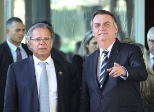 Palácio do Planalto obrigou Paulo Guedes a liberar a farra de salários