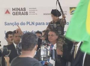 Compare os 14 anos de PT, diz Bolsonaro sobre governo