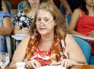 CEM Castro Alves e Casa 8 de Março promovem curso