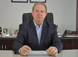 Governador Carlesse prorroga suspensão das aulas e jornada reduzida dos servidores até 30 de setembro