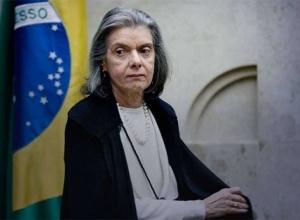 Cármen Lúcia rejeita pedido que tentava obrigar Lira a analisar impeachment de Bolsonaro