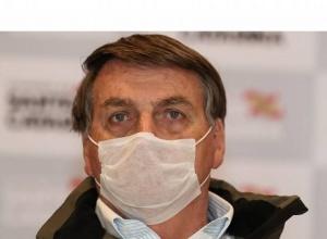 Presidente Jair Bolsonaro está com sintomas da Covid-19