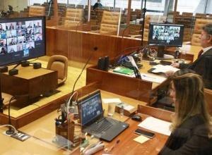 STF decide que Estados e municípios podem restringir cultos