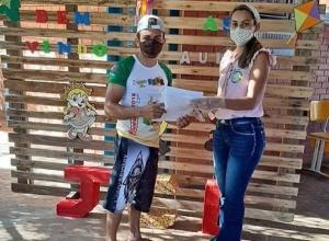 Estudantes tocantinenses recebem material pedagógico e iniciam atividades não presenciais na rede estadual