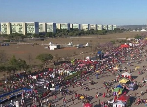 Ao menos 10 capitais têm protestos contra Bolsonaro neste sábado