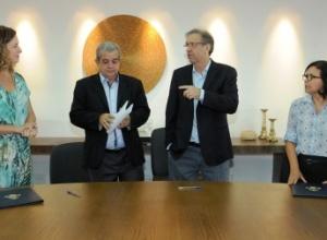 Marcelo Miranda empossa Ivonete Mota na Subsecretaria da Comunicação e Gizeli Bertollo na Redesat