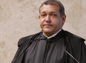 Kassio Nunes nega pedido de Kajuru para que Senado abra impeachment de Moraes