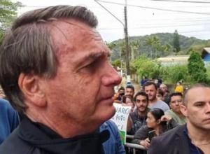 Quem quebrou a economia foram governadores e prefeitos, diz Bolsonaro
