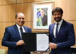 Tocantinense, Vicentinho Alves assume secretaria executiva no Ministério do Turismo