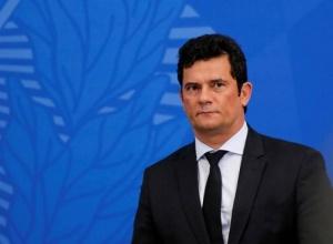 Políticos aliados tentam convencer Moro a disputar a Presidência