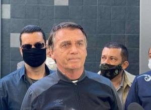 Bolsonaro chama fundo de R$ 5,7 bi de 'casca de banana' e volta a defender voto impresso