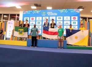 Dupla de Porto Nacional supera adversários e conquista o bronze no Badminton dos Jogos de Natal