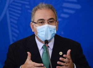 SUS anuncia 15,5 milhões de doses de vacina da Pfizer até junho (com vídeo)