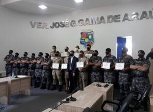 Pioneiros do CMTO – IX recebem outorga de moção de aplausos na câmara municipal de Porto Nacional