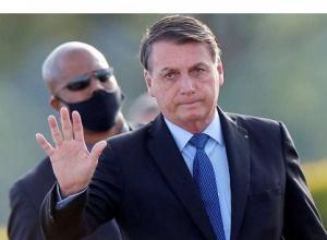 Não vai vingar esse projeto de fake news, afirma Bolsonaro