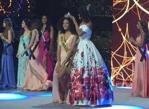 Piauiense Monalysa Alcântara vence o Miss Brasil 2017
