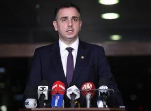 """Quem for contra Estado Democrático de Direito é """"inimigo da nação"""", diz Pacheco"""