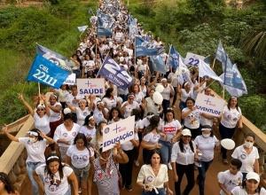 Mulheres ocupam as ruas de Pindorama em apoio à candidatura de Dr.Thiago e Edinon Mendes