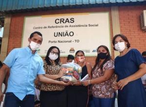 Governo do Tocantins atende mais de 8 mil famílias com cestas básicas nesta semana