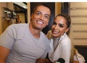Juiz censura Leo Dias e impõe multa, ao acatar processo de Anitta