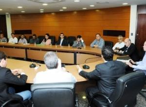 Governo do Estado trata de regularização fundiária com a Prefeitura de Palmas