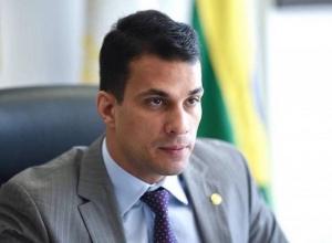 Irajá Abreu paga gráfica de empresa investigada pela PF com cota parlamentar