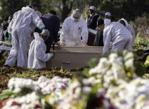 Brasil tem 1.223 novas mortes e passa de 1,7 milhão de casos