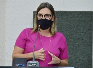 Parlamentares aprovam prioridade para profissionais da imprensa na vacinação contra a Covid-19