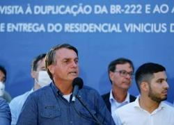 Bolsonaro diz que, daqui para frente, 'governador que fechar estado' deve bancar auxílio emergencial