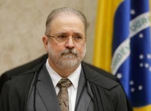 Ministros do STF reagem à nota de Aras e temem agravamento da crise política com atraso na vacinação